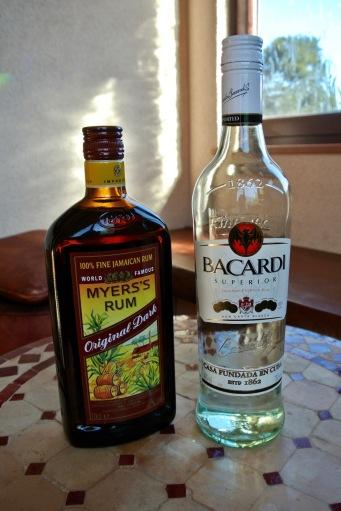 Rum S.500yen W.800yen