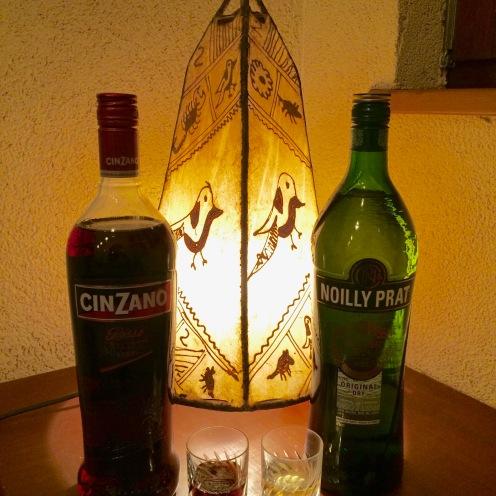 Vermouth S.500yen W.700yen
