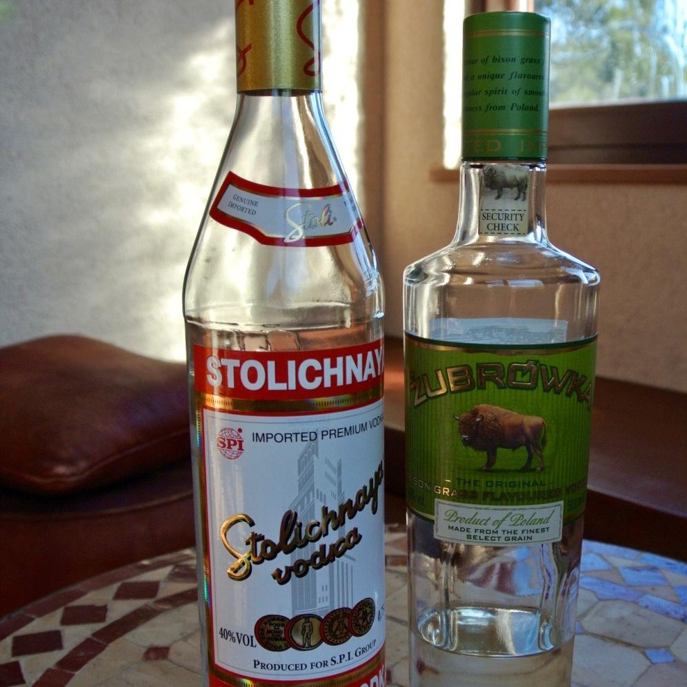 Vodka S.500yen W.800yen