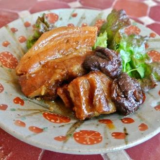 豚肉とプラムの梅酒煮